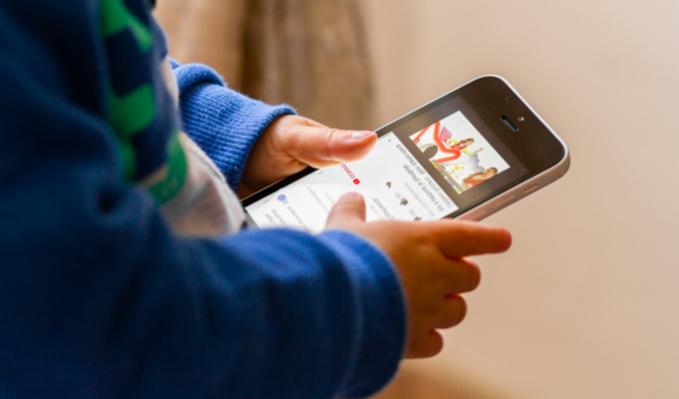 YouTube Kids: advierten contenido peligroso para niños en videos
