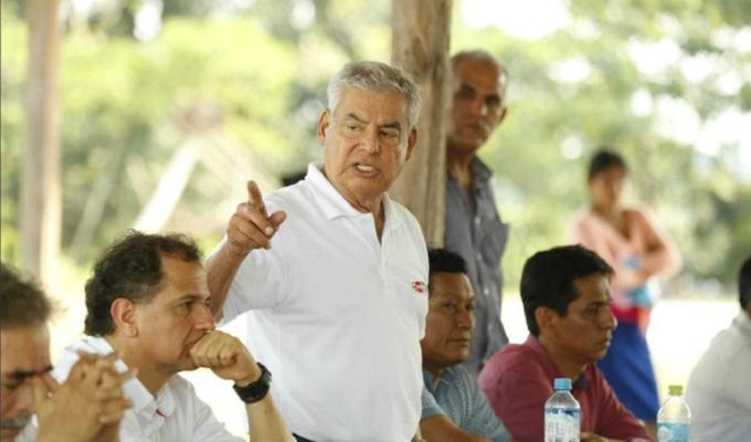 Ejecutivo llega a acuerdo con comunidad para reparar tubería del Oleoducto Norperuano
