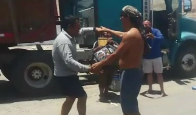 Gobierno aceptó cuestionadas exigencias de transportistas que bloquearon vías en Arequipa