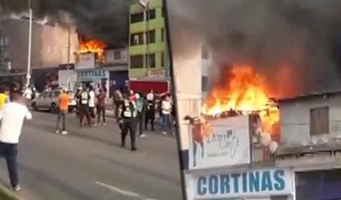 Incendio consume local donde se venden útiles escolares en el Rímac