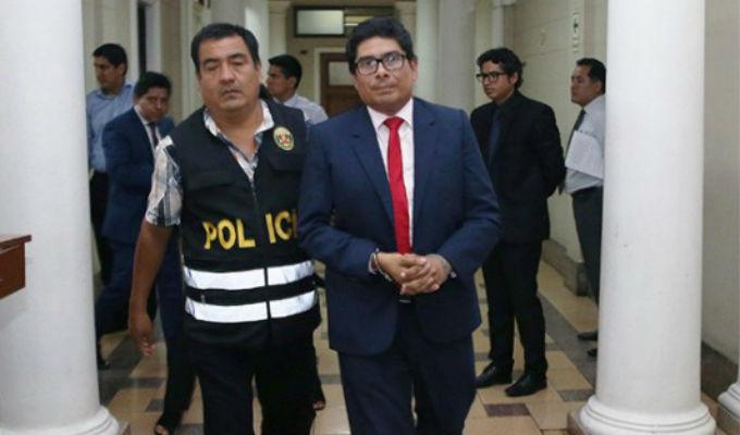 Se entregó juez del Callao vinculado al caso 'Cuellos Blancos del Puerto'