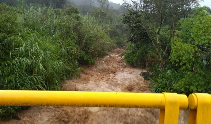 Activación de quebrada en Piura deja 30 familias damnificadas