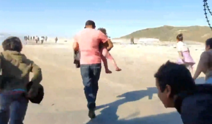EEUU: migrantes cruzaron frontera por Playas de Tijuana