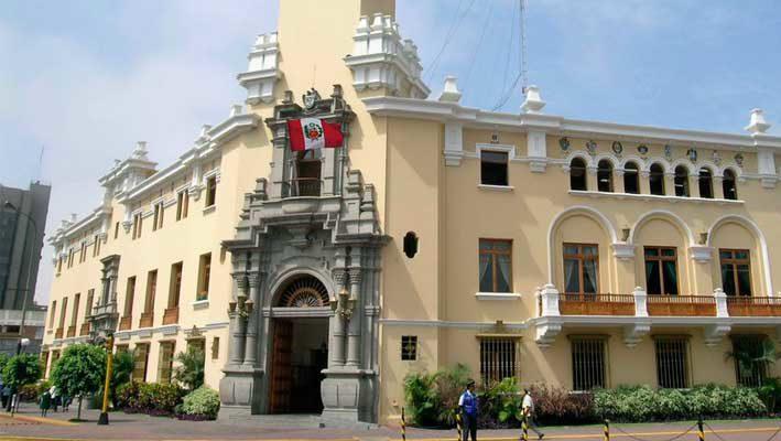 Miraflores: por deuda municipio congeló cuentas bancarias de vecina
