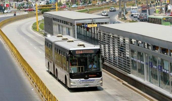 Alcalde Muñoz anunció construcción de 18 nuevas estaciones del Metropolitano
