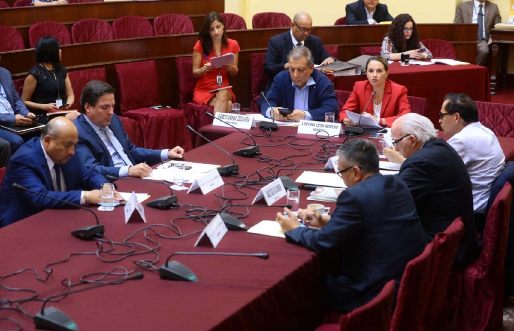Comisión aprobó admitir a trámite pedido para levantar fuero a Edwin Donayre
