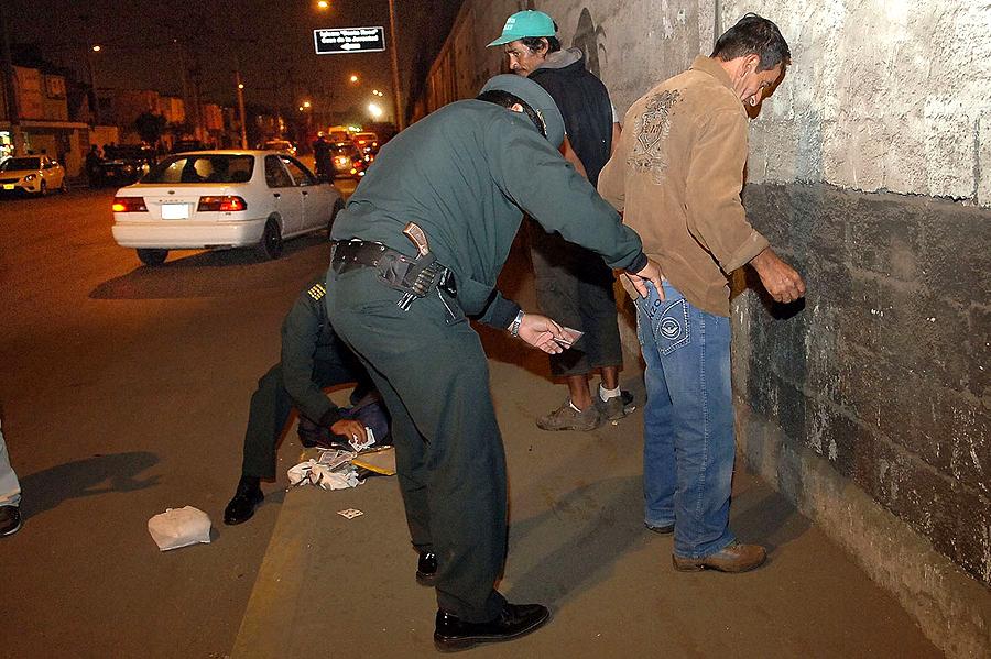 SJL: desarticulan tres bandas criminales durante megaoperativo policial