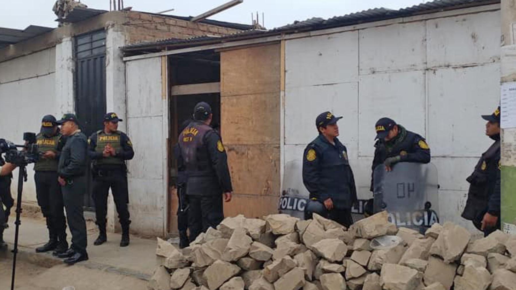 Identifican mujer que fue calcinada en una vivienda de San Juan de Miraflores