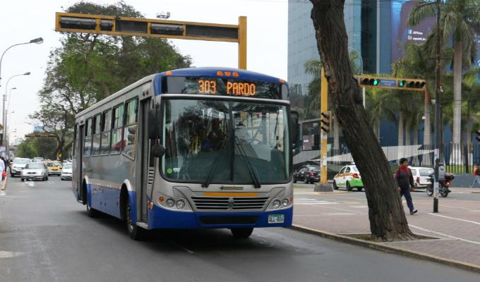 Corredor Azul: aclaran caso de policía que no subió a bus