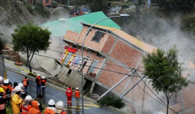 Mire los impresionantes derrumbes de casas en Bolivia