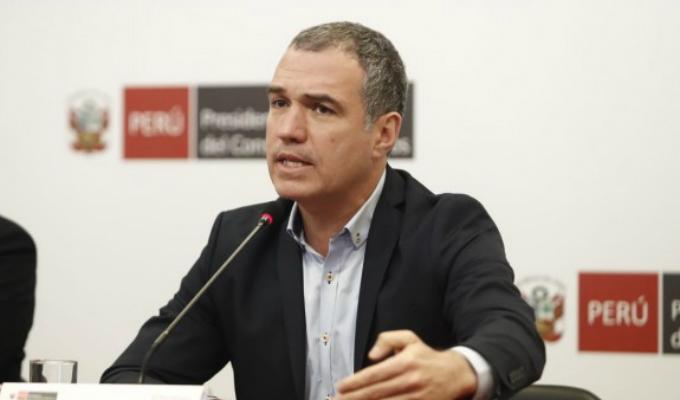 Comisión de Constitución convocará a Del Solar para tratar reforma política