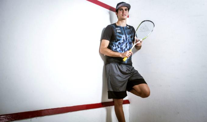 Diego Elías alcanzó el puesto 8 en el ranking mundial de squash