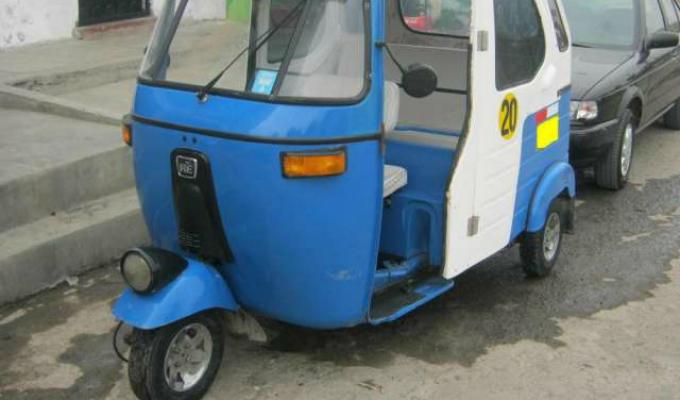 Ventanilla: asaltan grifo y al huir se les malogra mototaxi