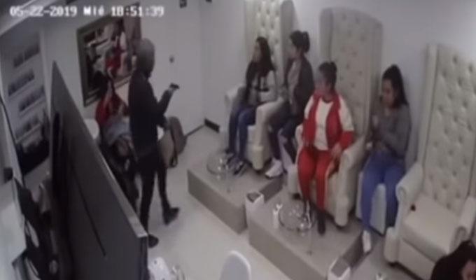 Banda criminal asalta spa en San Miguel
