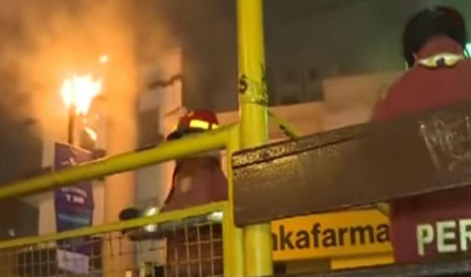 Magdalena: poste de luz estalló en llamas por corto circuito