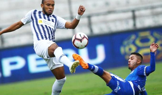 Alianza Lima derrotó por 2-1 a Binacional por la fecha 15 del Torneo Apertura