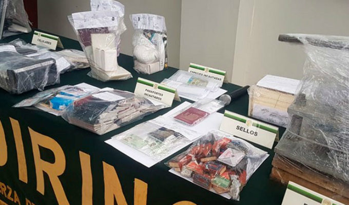SMP: cae mafia dedicada a adulterar pasaportes