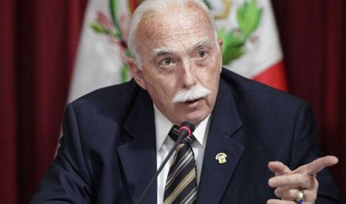 Tubino: mejor salida a crisis es retirar o archivar proyecto de adelanto de elecciones