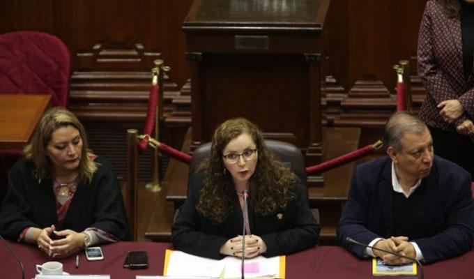 Comisión de Constitución aprueba modificar norma para vacancia presidencial