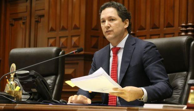 Daniel Salaverry: Ética aprobó informe que recomienda suspenderlo 120 días