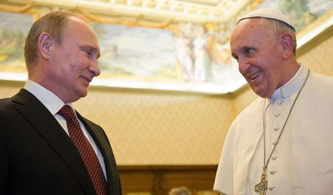 Papa Francisco y Putin se volverán a reunir en julio