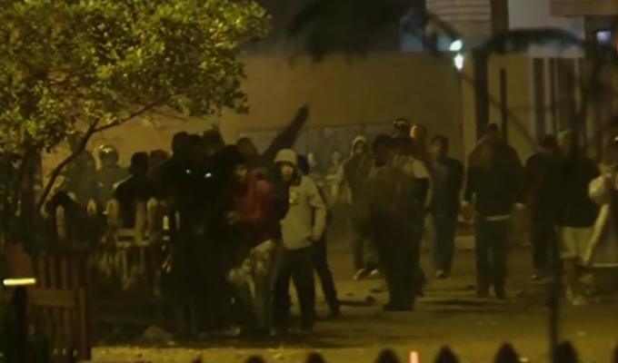 VES: vecinos desatan violento enfrentamiento por posesión de terreno