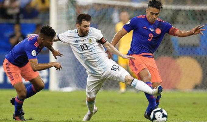 Argentina cae ante Colombia 2-0 en la Copa América