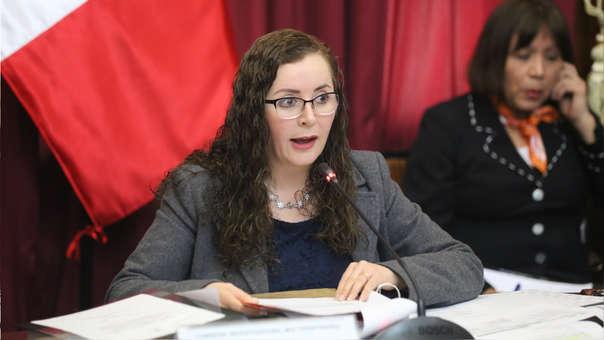 Rosa Bartra continuará al frente de la Comisión de Constitución