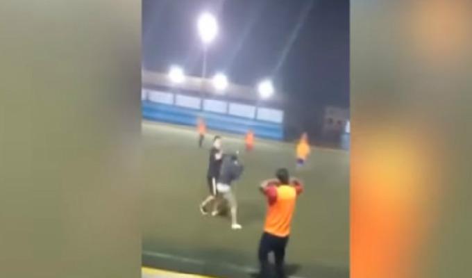 Chimbote: jóvenes se agarraron a golpes durante partido de fútbol