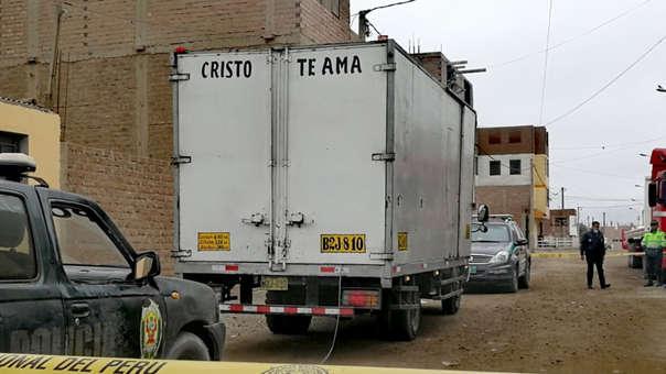 El Agustino: PNP reduce a balazos y captura a delincuentes que robaban a una furgoneta