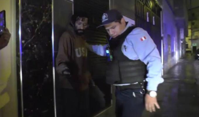 Cercado: detiene a sujeto que robaba medidores de agua