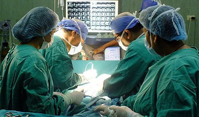 INSN: exitosa operación de páncreas a niña que producía demasiada insulina