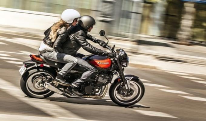 Comisión de Defensa: aprueban proyecto que prohíbe circulación de motos con 2 pasajeros