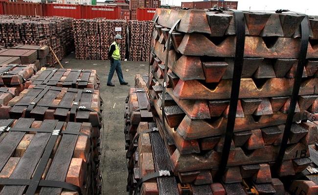 Exportaciones de cobre cayeron 12% entre enero y mayo, según la SNMPE
