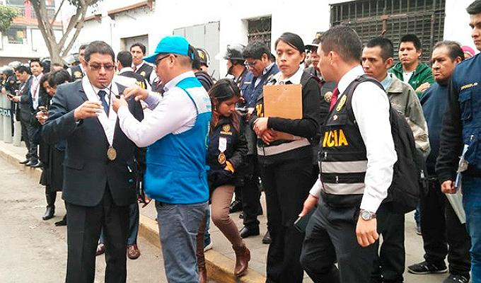 """La Victoria: realizan reconstrucción por el cobro de cupos de """"los Intocables ediles"""""""