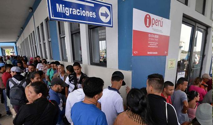Perú y Colombia buscan soluciones para crisis migratoria venezolana