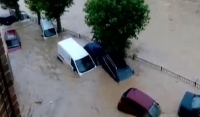 España: un muerto tras peores inundaciones en 40 años en Navarra