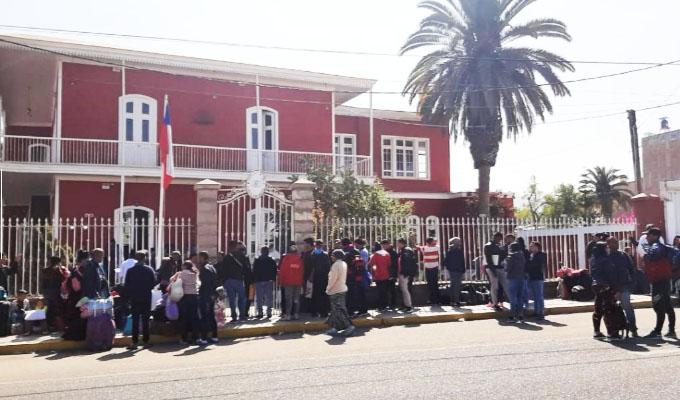 Chile: se incrementa crisis de venezolanos en la frontera con Perú