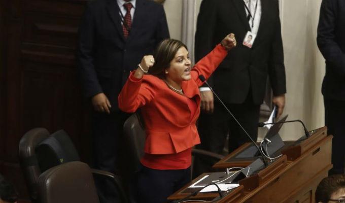 Congresistas protagonizan bochornoso incidente en el Pleno, durante debate del Caso Chavarry