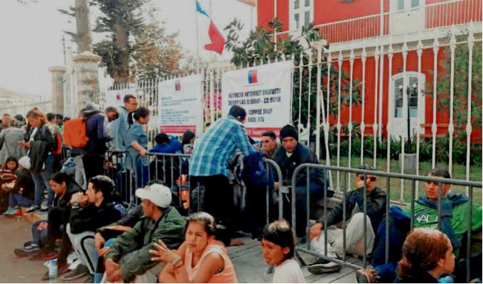 Chile se pronunció luego que venezolana sufriera aborto mientras esperaba visa