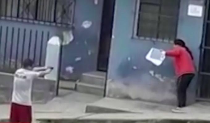 VMT: policía presuntamente ebrio que apuntó con arma a mujer podría ser dado de baja
