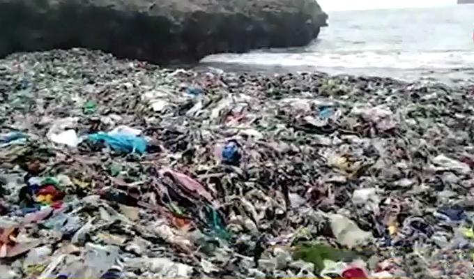 Callao: playa de Ventanilla luce repleta de basura y desperdicios