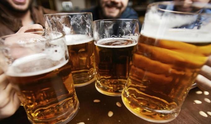 Día Internacional de la Cerveza: ¿Cuánto gastamos en esta bebida?