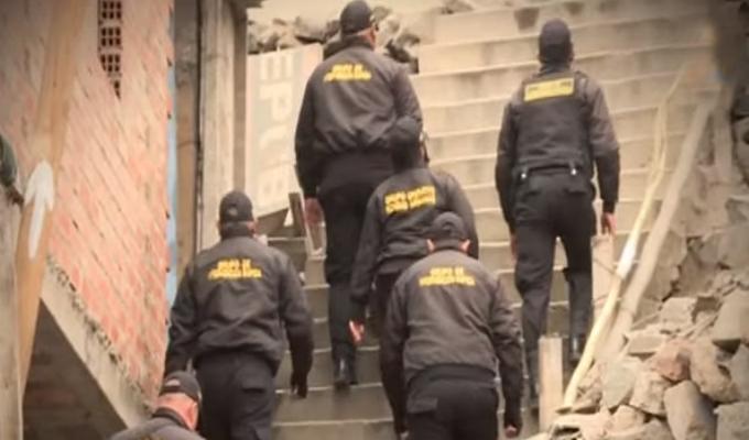 'Rápidos y Furiosos': serenos capturan a raqueteros en cerros de Independencia