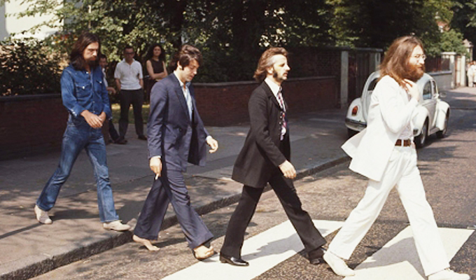 The Beatles: fans celebran el 50 aniversario de la foto de Abbey Road