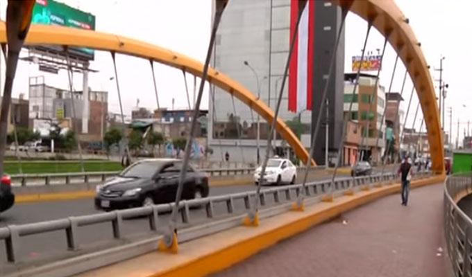 Puente Leoncio Prado: vecinos temen que este colapse en cualquier momento