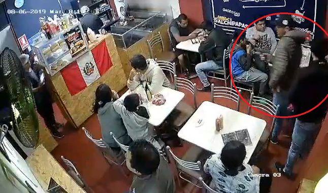Delincuentes asaltan sanguchería en Chorrillos por quinta vez