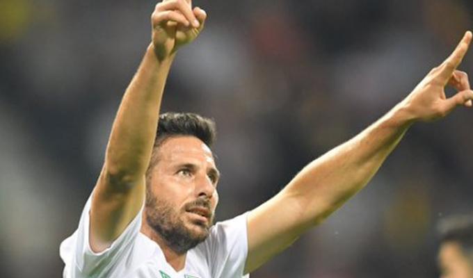 Claudio Pizarro marcó doblete con el Werder Bremen por la Copa Alemana