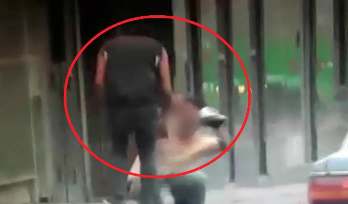 Cercado de Lima: golpean a hombre por resistirse al robo de su celular
