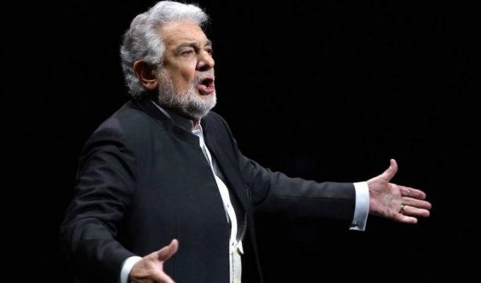 Artistas defienden a Plácido Domingo tras denuncias de acoso sexual